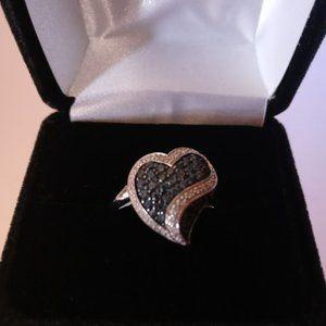 🎄🎁White & Blue Heart Diamond 10kt White Gold Ring